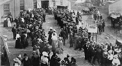 Showing women voting at the Drill Hall in Rutland Street in 1899.
