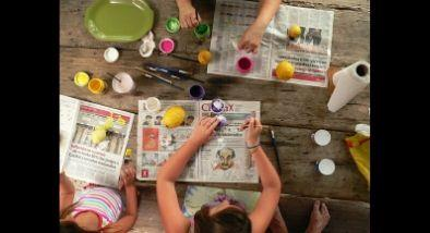 Kids painting and making art.