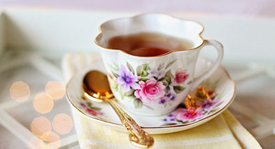Prettly floral teacup  and saucer
