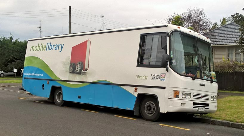Central Auckland mobile library bus